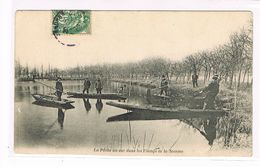 CPA (80) La Pêche Au Sac Dans Les étangs De La Somme. (B.1125) - Amiens