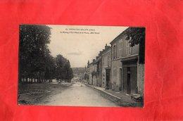 F0202 - MENETOU SALON - 18 - Le Bourg D'En Haut Et La Place Côté Nord - Other Municipalities