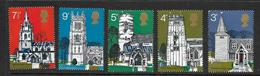 GRANDE-BRETAGNE 1972 EGLISES YVERT N°660/64  NEUF MNH** - Unused Stamps