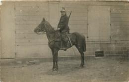 SOLDAT DU 19em DRAGONS 9em ESCADRON 3em GROUPE  A CHESSY  EN 1915 - Régiments