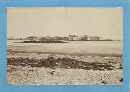 PORT LOUIS (morbihan) - Vue Générale , Photo Vers 1900 Format 17,7 Cm X 11,8cm . - Luoghi