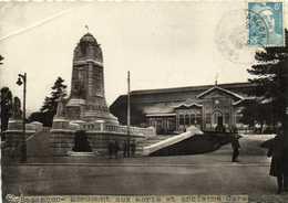 BESANCON  Monument Aux Morts Et Ancienne Gare + Timbre 8F RV - Besancon