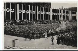 Oy095 / Olympiade 1936. Ankunft Des Fackelträgers.  Fotokarte Mit Passender Marke Und Stempel - Sommer 1936: Berlin
