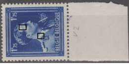 692** LV2 (T149) Bouton Front, Pt Col       .. - Variétés Et Curiosités