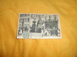 CARTE POSTALE ANCIENNE CIRCULEE DE 1905. / DOUAI.- FAMILLE GAYANT. / CACHETS + TIMBRE - Douai