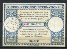 11079 FRANCE   Coupon-réponse International De 40Fr  Oblitéré à St Quentin Du 10.11.1951  TB - Autres
