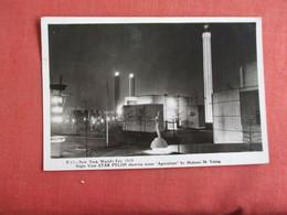 RPPC  1939 NY Worlds Fair Night VIew Star Pylon    Ref 3149 - Exhibitions