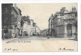 Namur  ( M 4814 )  Homme Avec Brouette Devant Maison Avec échafaudage - Namur