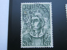 NEDERLANDE  ,   Firmenlochung , Perfin - Periode 1891-1948 (Wilhelmina)