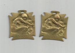2 PETITES MEDAILLES , EPINGLETTES : ORPHELINAT DES ARMEES , DE R. LALIQUE - 1914-18