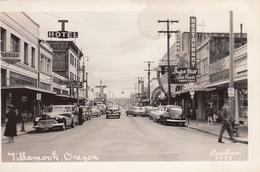 RPPC B&W - Real Photo - Downtown Tillamook Oregon - 1950-1955 Street Scene - Cars - Stores - VG Condition - See 2 Scans - Etats-Unis