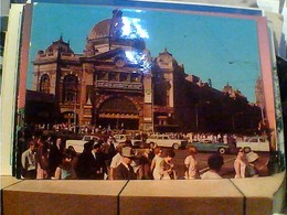 AUSTRALIA - Melbourne - Flinders Street Railway Station  GARE AUTO  CAR ANIME V1971 HA7686 - Melbourne