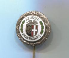 ARCHERY / SHOOTING - NEUSS GERMANY JAGERKORPS SHOOTING SCHUTZEN ENAMEL PIN BADGE ABZEICHEN - Archery