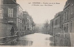 CPA - AK Charleville Mézières Première Crue De La Meuse Maas 1919 Rue D' Alsace Elsaß Hochwasser 08  Ardennes Ardennen - Charleville
