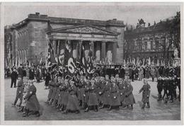 III ème REICH. PARADE De La SA Et SS. - War, Military
