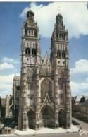 CPM.Tours La Cathédrale.ed:artaud Num:106 - Tours