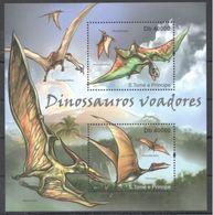 Saint Thomas 2011 Prehistory Prehistoire Dinosaurs Dinosaures Volants   MNH - Prehistory