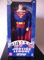 SUPERMAN COLLECTOR FIGURINE SUPER HEROS MARVEL COMICS DC - Superman