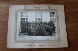 Photo Ecole Militaie De L'Infanterie Et Des Chars De Combat 1939 Promotion Maginot - Guerre, Militaire