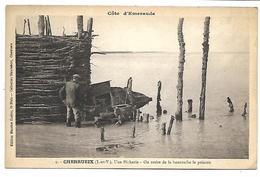 CHERRUEIX - Une Pêcherie, On Retire De La Bourrache Le Poisson - Francia