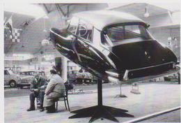 CARTE POSTALE - CITROEN DS 19 DE 1958 SUSPENDU DANS LES AIRS -  10X15 CM - PKW