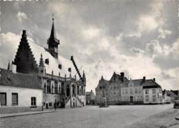 CPM - DAMME - Marktplaats - Place Du Marché - Damme