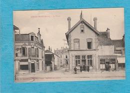 Bar-sur-Seine. - La Poste. - Café De La Halle. - Bar-sur-Seine