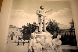 PHOTOTYPIE DE LA STATUE DE JEAN JAURES , CARMAUX TARN, AVANT SA DESTRUCTION,PAR POUX - Affiches