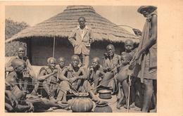 ¤¤   -    KENYA    -    Une Dégustation De Bière à KAVIRONDO       -  ¤¤ - Kenya