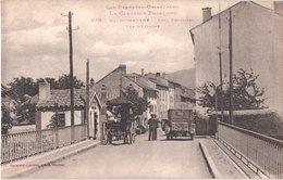FR66 BOURG MADAME - Labouche 878 - Pont Frontière - Contrôle à La Douane - Attelage - Voiture - Animée - Belle - Autres Communes