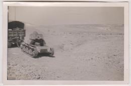 Photo Militaire  1941 Force Francaise Libre   Irbid Jordanie Convoi Char - Guerre 1939-45