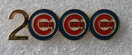 Pin's Baseball 2000 Cubs De Chicago Double Attache . 12X42 Mm . Superbe - Baseball