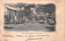¤¤   -    BENIN   -  PORTO-NOVO   -  Cour D'une Factorerie     -  ¤¤ - Benin