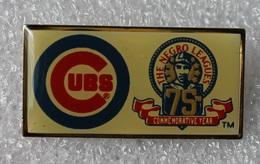 Pin's Baseball Cubs De Chicago . The Negro Leagues .16X32 Mm . Superbe - Baseball