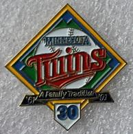 Pin's Baseball Minnesota Twins 1991 .34X35 Mm . Superbe - Baseball