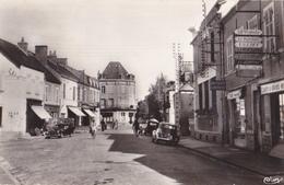 CPSM Allier - Jaligny, Rue De La Poste, Patisserie Confiserie, Le Familistère. Vue Peu Commune - France