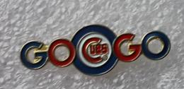Pin's Baseball Cubs De Chicago Go Go . 11X32 Mm . Superbe . La Photo Rend Très Mal - Baseball