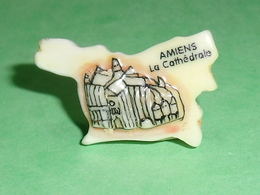 Fèves / Pays / Région : Puzzle , Amiens , La Cathédrale    T12 - Regioni