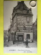 Rare CPA Animée  De  AUBUSSON ( 23 )   Rue Sainte Catherine   - Pub -   (  CRE10  )  (  CPAC4497 ) - Aubusson