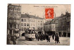 CPA 88 - Epinal - La Place Des Vosges Et Les Arcades , Beau Plan Tramway - Epinal
