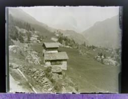Ancienne Photographie Photo Négatif Sur Verre Vue De Finhaut Et Gietroz Près De Trient Chamonix Salvan Vallorcine CPA - Glasdias