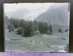 Ancienne Photographie Photo Négatif Sur Verre Sous Le Col Des Montets Glacier Du Tour Près De Chamonix Argentière Salvan - Glasdias