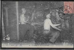 Dans La Mine - Abattage Du Pic Du Charbon - Mines
