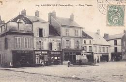 Essonne - Angerville - Place Tessier - Angerville