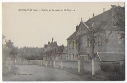 Cpa Bon Etat , Mézilles ,   Entrée De La Route De Saint-fargeau , Carte Rare - Other Municipalities