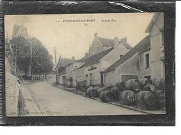 77-FONTAINE-LE-PORT-( Chartrettes) -Une Vue Animée De La Grande Rue - Autres Communes