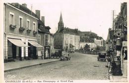 CHAROLLES  - 71-  -cpsm  Rue Champagny Et Grand Pont Autos -Pompe à Essence -Commerce - Charolles
