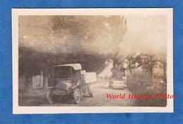 Photo Ancienne D'un Poilu - Camion Militaire & Rouleau Compresseur - 1914 1918 Ww1 Génie ? Front Soldat - War, Military