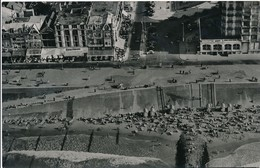 CP - Belgique - Flandre Occidentale - Knokke - Plage, Digue Et Place Van Bunnen - Knokke