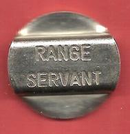 """Jeton De Golf , """" RANGE SERVANT """" , SUEDE - Professionals / Firms"""